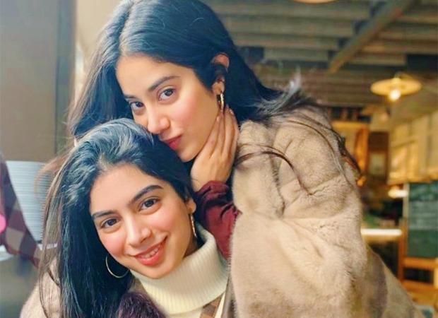 Khushi Kapoor does her make-up and shoots TikTok movies at three a.m., reveals sister Janhvi Kapoor : Bollywood Information 3