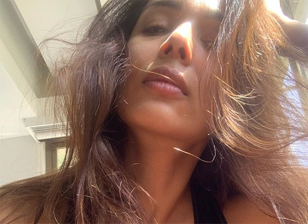 Malaika Arora will get her every day dose of Vitamin D, asks followers to not miss the 'marvellous solar' : Bollywood Information 3
