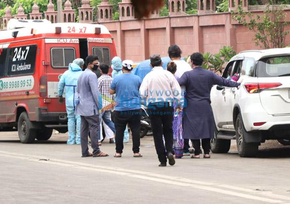 Photos Celebs attend Wajid Khan's funeral (2)