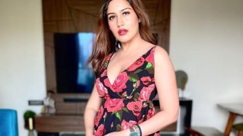 Surbhi Chandna looks aesthetic donning a floral dress gifted by her fan