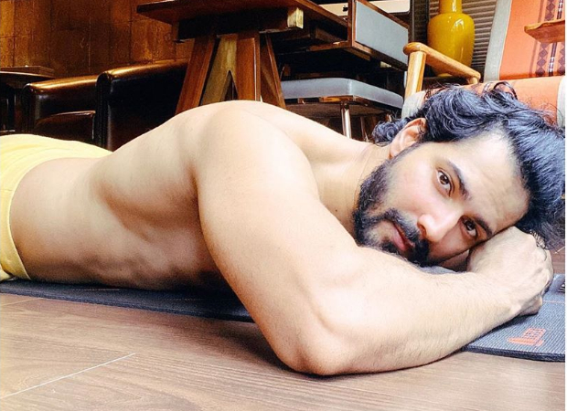 Varun Dhawan shares shirtless photo, has hilarious response when Dino Morea asked who clicked the picture