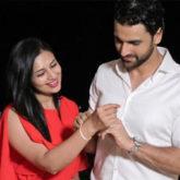 Divyanka Tripathi and Vivek Dahiya's anniversary celebration pictures are romance at its best!
