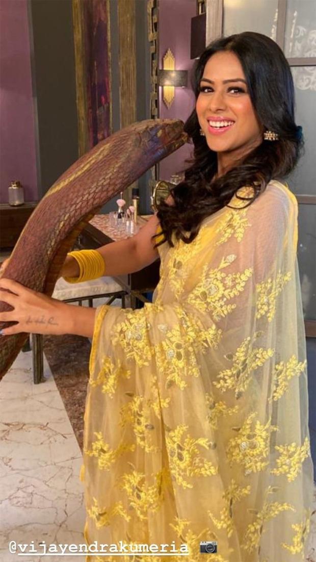Naagin 4 Nia Sharma poses on the set with 'Naagin', Vijayendra Kumeria turns photographer