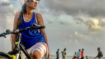 Nia Sharma takes her bicycle for a late night ride, shares video