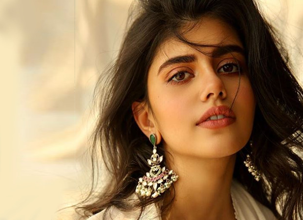 """EXCLUSIVE: """"I was too young and naive and into Dil Bechara,"""" says Sanjana Sanghi on Blind item culture"""