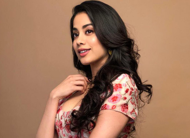 """""""I'd rather see the criticism as an opportunity to better myself"""", says Janhvi Kapoor"""