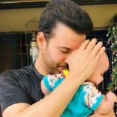 Aamir Ali shares a glimpse of his daughter Arya Ali as she turns one!
