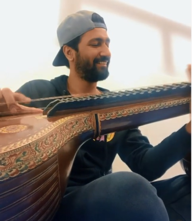 After 'Ae Watan' from Raazi, Vicky Kaushal plays Raag Yaman on the veena