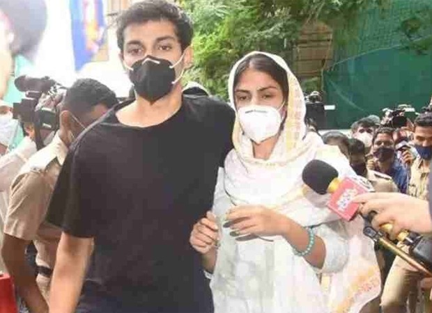 Rhea Chakraborty and Showik Chakraborty's bail plea to be heard on September 10 by Special Court