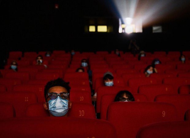 एमएचए सिनेमा हॉल को 15 अक्टूबर से 50% क्षमता पर संचालित करने की अनुमति देता है