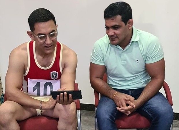 Aamir Khan shoots Laal Singh Chaddha in Greater Noida, meets wrestler Sushil Kumar and his family