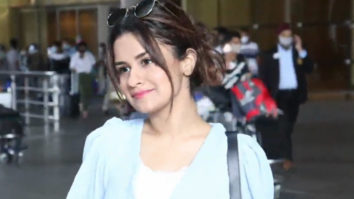 Avneet Kaur spotted at airport