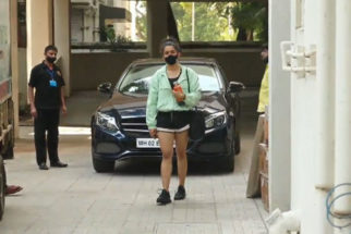 Sanya Malhotra spotted at Juhu