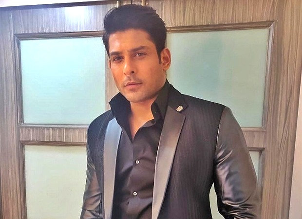 Sidharth Shukla redefines class with his all-black suit for Bigg Boss 14
