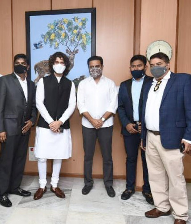 Vijay Deverakonda makes an investment into eco-friendly and sustainable electric bikes