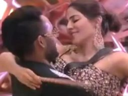 Bigg Boss 14: Jaan Kumar Sanu starts blushing as Nikki Tamboli kisses him on the cheek