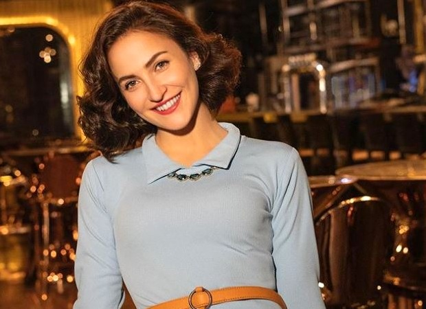 Elli AvRam says Bollywood is not an easy place; says one has to remain strong mentally and physically