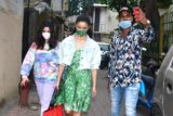 Alia Bhatt with sister and mom spotted in Bandra