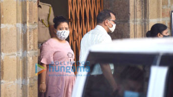 Photos: Bharti Singh and Harsh Limbachiyaa leave NCB office