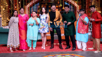 Photos: Divya Khosla Kumar promotes her song Teri Aankhon Mein on The Kapil Sharma Show with Darshan Raval