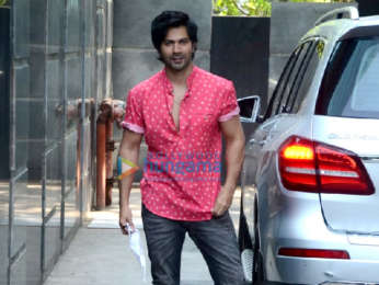 Photos: Varun Dhawan snapped at Pooja Entertainment's office in Juhu