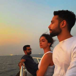 Deepika Padukone, Ananya Panday, Siddhant Chaturvedi and Shakun Batra enjoy the sunset during their boat ride