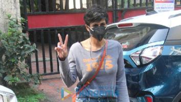 Photos: Mandira Bedi spotted in Khar