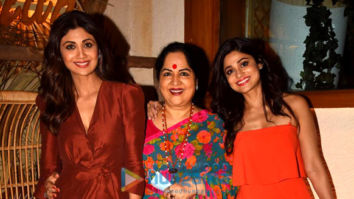 Photos: Shilpa Shetty, Raj Kundra, Shamita Shetty and Sunanda Shetty spotted at Bastian in Bandra
