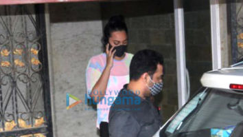 Photos: Sonakshi Sinha and Sharmin Segal spotted at Pilates