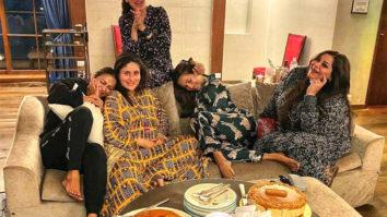 Kareena Kapoor Khan & Karisma Kapoor reunite with her BFFs Malaika Arora and Amrita Arora over dinner; share a picture on Instagram