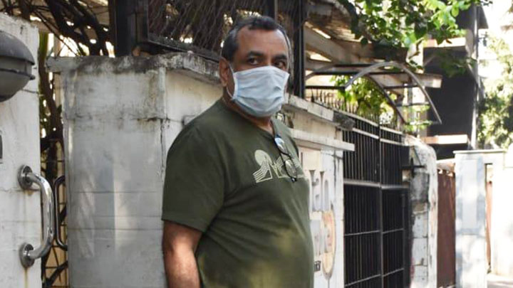 Paresh Rawal spotted at Dental Clinic in Juhu