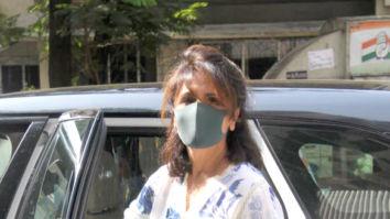 Photos: Neetu Singh spotted outside a salon in Bandra