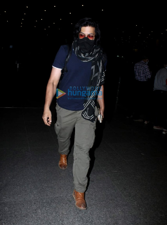 Photos Pooja Hegde, Ekta Kapoor, Aakanksha Singh and others snapped at the airport More (2)