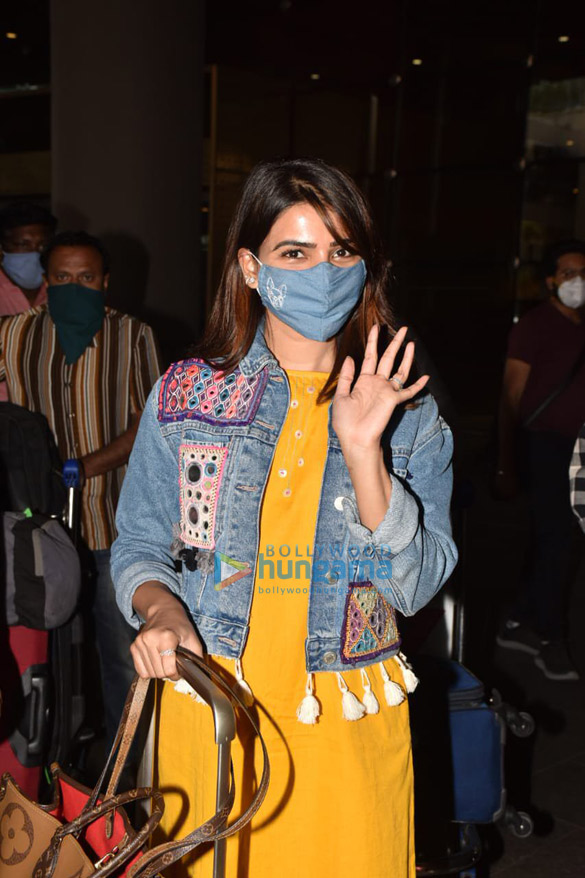 Photos Ranveer Singh and Samantha Akkineni spotted at the airport (2)