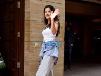 Photos: Shanaya Kapoor snapped at dance class in Bandra