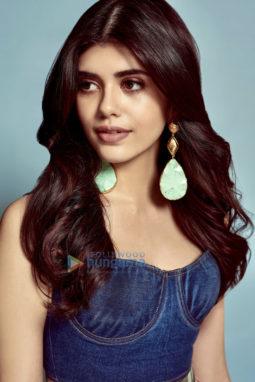 Celebrity Photos of Sanjana Sanghi