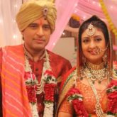 Juhi Parmar and Shakti Anand enact a scene inspired by Rishi Kapoor's Karz climax in Hamariwali Good News