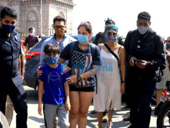 Photos: Aamir Khan spotted at Gateway Of India with his family and Dino Morea   Parties & Events Moviesflix