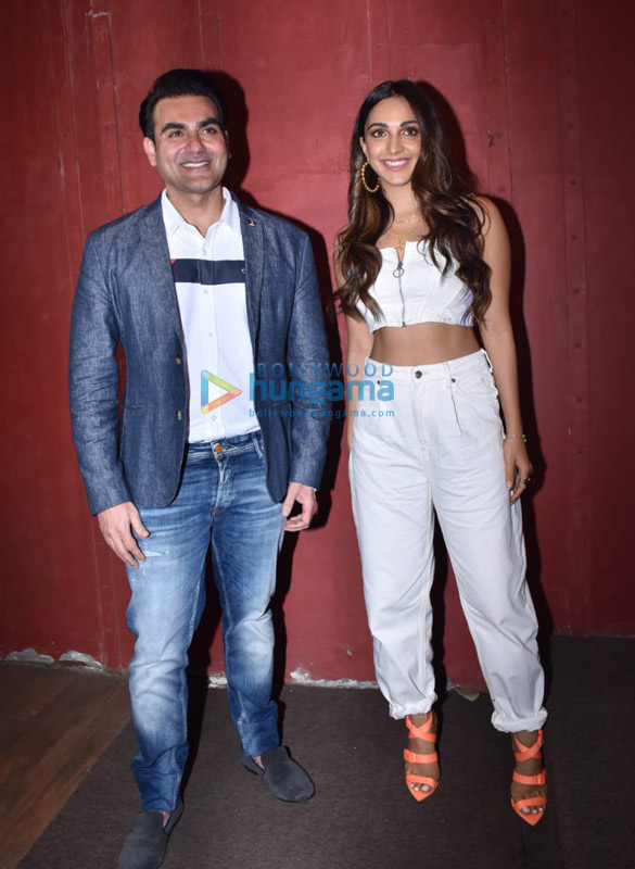 Photos Arbaaz Khan and Kiara Advani for a chat show shoot in Juhu (2)