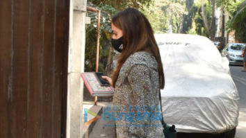 Photos: Natasha Dalal snapped in Juhu