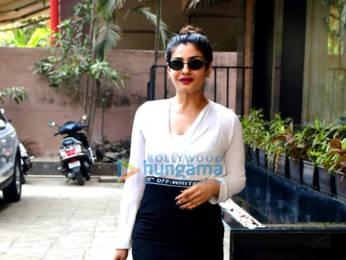 Photos: Raveena Tandon spotted at a salon