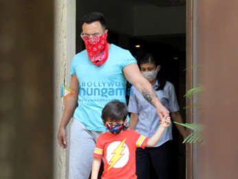 Photos: Saif Ali Khan and Taimur Ali Khan spotted in Bandra
