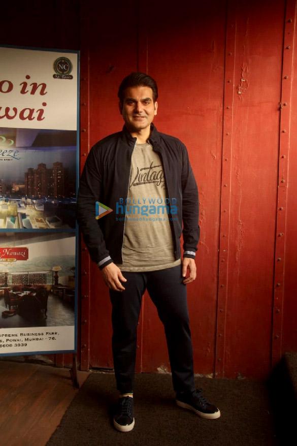Photos Salman Khan snapped for Arbaaz Khan's chat show in Juhu (2)