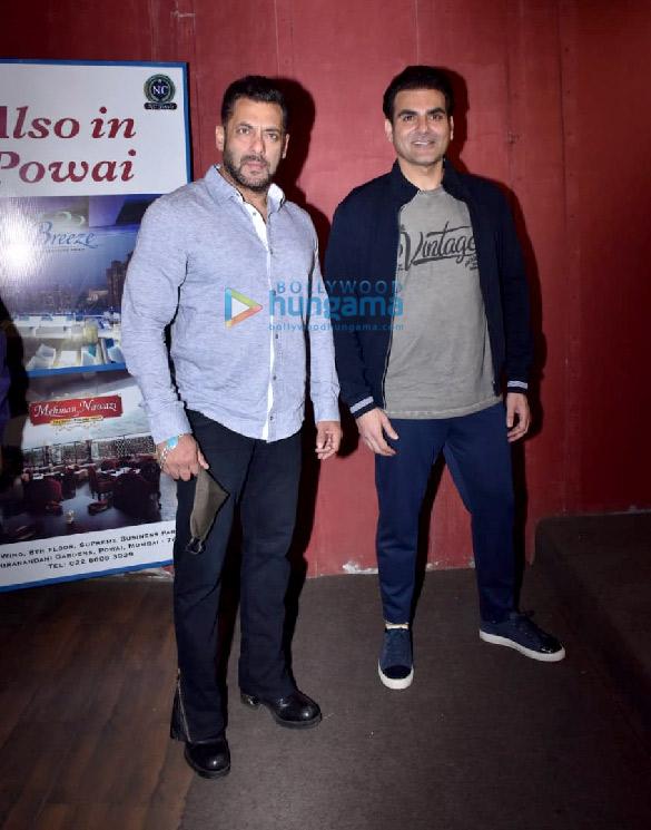 Photos Salman Khan snapped for Arbaaz Khan's chat show in Juhu (6)