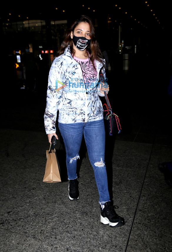 Photos Tamanna Bhatia, Aly Goni, Jasmin Bhasin and Maniesh Paul snapped at the airport (4)