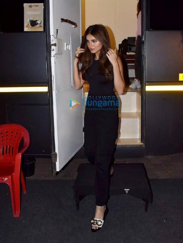 Photos Tara Sutaria sanpped at Filmalaya Studio in Andheri (1)