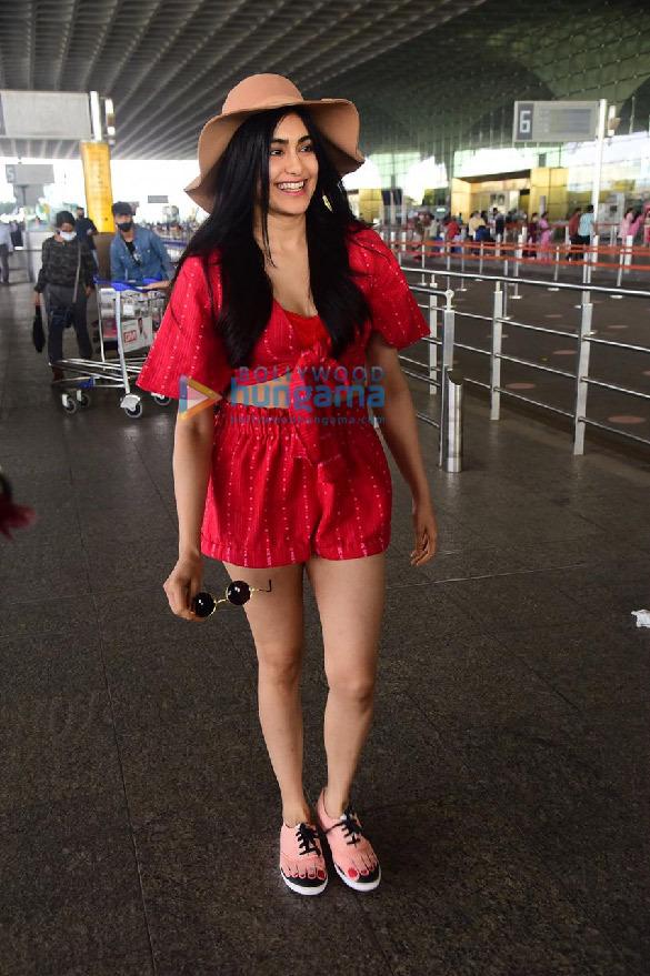 Photos: Urvashi Rautela, Aditi Rao Hydari, Diana Penty and others snapped at the airport