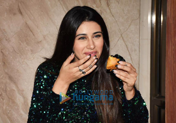 Photos Warina Hussain spotted at Cineriser Digital Media office today on her birthday (6)