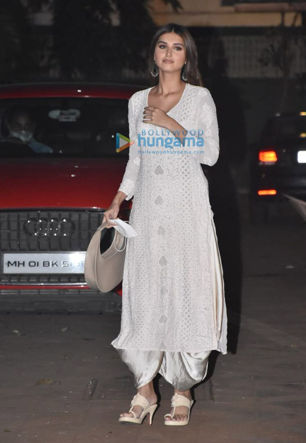 Tara Sutaria aces relaxed and effortless style vibe in white salwar kameez