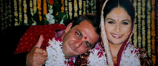 Vidhu Vinod Chopra reveals that the marriage shot in Munna Bhai MBBS was shot in a REAL wedding to cut costs! : Bollywood News Moviesflix - MoviesFlix | Movies Flix - moviesflixpro.org, moviesflix , moviesflix pro, movies flix